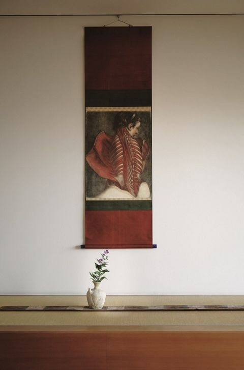 Flowerpot, Flooring, Interior design, Maroon, Picture frame, Vase, Visual arts, Artifact, Plaster, Still life photography,