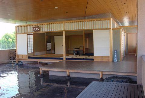 Floor, Property, Ceiling, Flooring, Real estate, Tile, Plywood, Composite material, Hardwood, Hall,