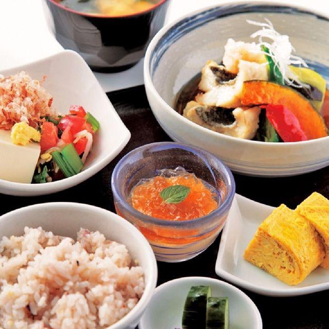 Food, Cuisine, Meal, Bowl, Dish, Tableware, Ingredient, Recipe, Rice, Spoon,
