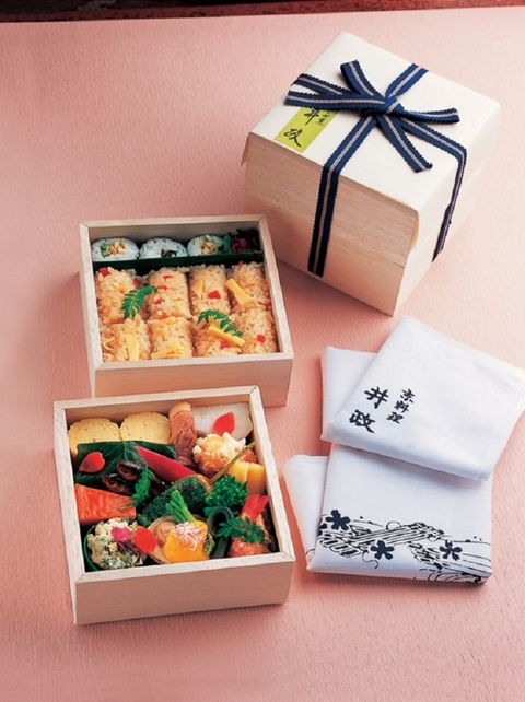 Osechi, Meal, Cuisine, Bento, Japanese cuisine, Dish, Box, Food, Comfort food, Recipe,