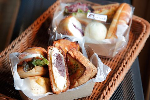 Food, Cuisine, Meal, Dish, Ingredient, Finger food, Breakfast, Fast food, Bread, Take-out food,