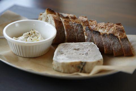 Food, Cuisine, Serveware, Ingredient, Dishware, Tableware, Dish, Baked goods, Bread, Recipe,
