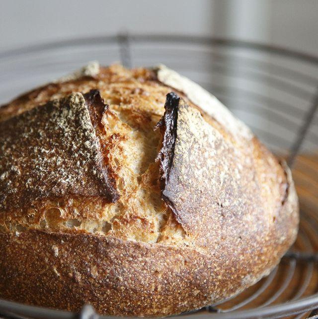 Bread, Food, Cuisine, Baked goods, Ingredient, Gluten, Dish, Cooking, Loaf, Snack,