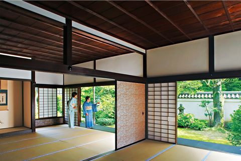 Property, Architecture, Floor, Flooring, Ceiling, Real estate, Glass, Interior design, Shade, Fixture,