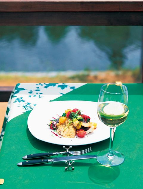 Glass, Stemware, Drinkware, Dishware, Wine glass, Tableware, Drink, Food, Serveware, Cuisine,