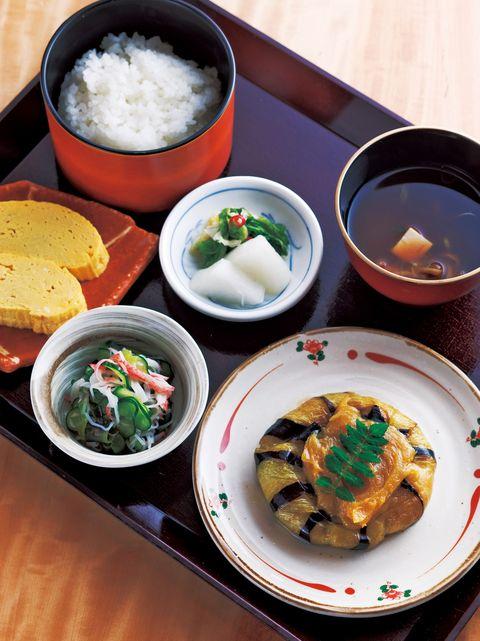 Cuisine, Food, Dishware, Tableware, Dish, Meal, Bowl, Ingredient, Plate, Serveware,