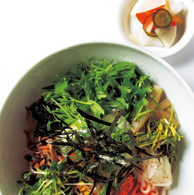 Food, Ingredient, Cuisine, Dish, Produce, Dishware, Garnish, Bowl, Serveware, Namul,