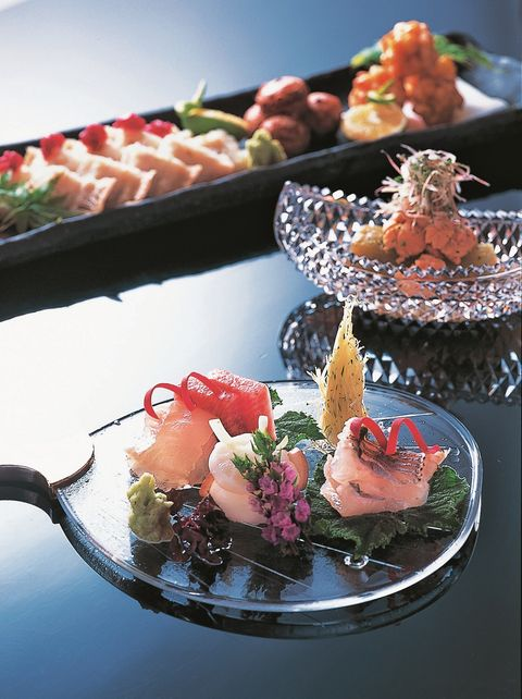 Dish, Cuisine, Food, Garnish, Platter, appetizer, À la carte food, Brunch, Meal, Hors d'oeuvre,