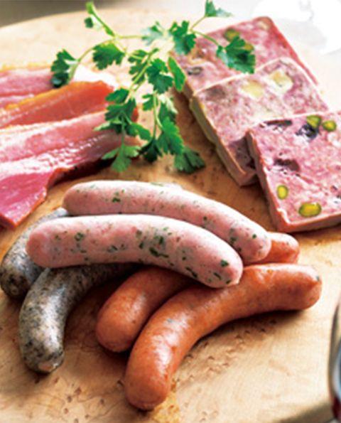 Food, Knackwurst, Meat, Ingredient, Sausage, Pink, Bockwurst, Kielbasa, Italian sausage, Animal product,