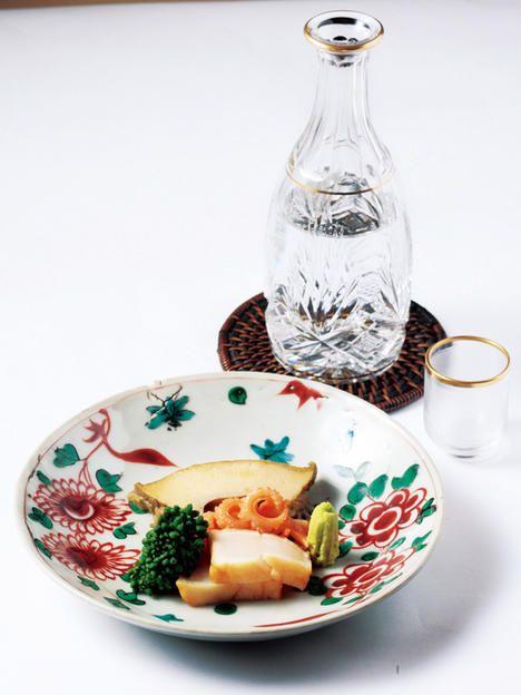Food, Dishware, Dish, Plate, Cuisine, Ingredient, Platter, À la carte food, Recipe, Tableware,