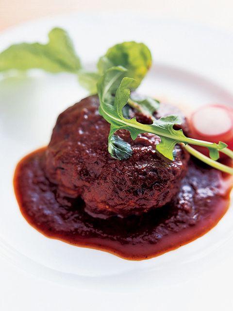 Dish, Food, Cuisine, Ingredient, Produce, Brown sauce, Salisbury steak, Steak sauce, À la carte food, Venison,