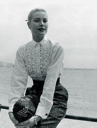 バカンスファッションに あの女性のスタイルを取り入れるなら グレース ケリー編