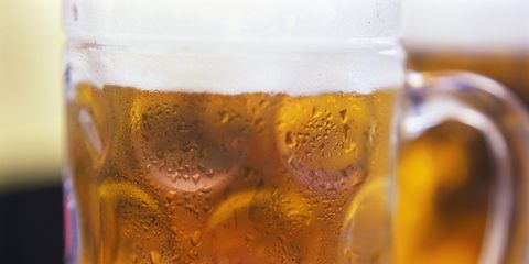 Drink, Beer glass, Beer, Beer stein, Drinkware, Lager, Yellow, Alcoholic beverage, Mug, Glass,