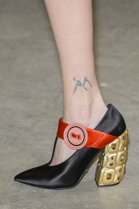 Footwear, High heels, Shoe, Red, Fashion, Ankle, Human leg, Leg, Close-up, Joint,