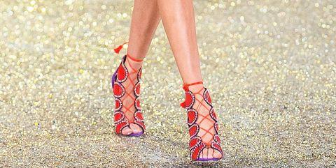 Human leg, Leg, Footwear, Red, Clothing, Ankle, Calf, Street fashion, Fashion, Thigh,