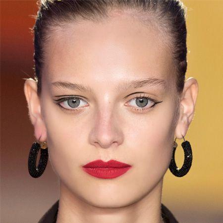 Ear, Earrings, Lip, Cheek, Hairstyle, Skin, Chin, Eyelash, Forehead, Eyebrow,