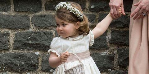 Hair accessory, Child, Headpiece, Headband, Fashion accessory, Dress, Headgear, Child model, Jewellery, Toddler,