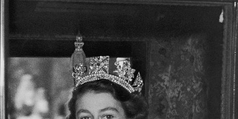 Photograph, Hair accessory, Fashion accessory, Headpiece, Style, Crown, Headgear, Tiara, Lipstick, Vintage clothing,