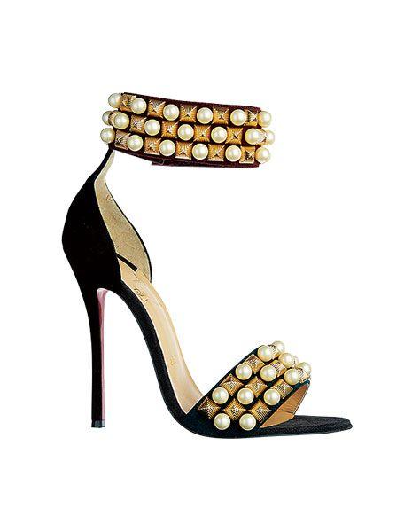 Brown, High heels, Fashion accessory, Foot, Tan, Sandal, Toe, Basic pump, Beige, Tooth,
