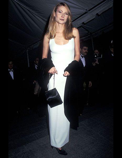 Clothing, Shoulder, Joint, Dress, Style, Formal wear, Bag, Fashion, Waist, Fashion model,