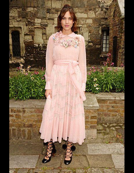 Clothing, Dress, Textile, Pink, One-piece garment, Jewellery, Street fashion, Day dress, Peach, Embellishment,
