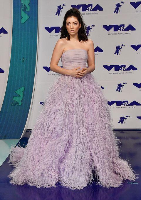 Clothing, Dress, Gown, Purple, Shoulder, Haute couture, Lavender, Fashion, Bridal party dress, Carpet,