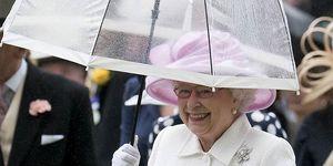 エリザベス女王の傘スタイル