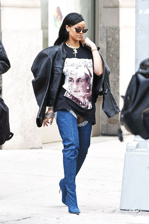 Jeans, Clothing, Street fashion, Eyewear, Fashion, Denim, Sunglasses, Snapshot, Outerwear, Footwear,