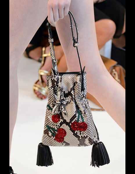 Style, Bag, Fashion accessory, Fashion, Shoulder bag, Fashion design, Nail, Day dress, Silver, Bracelet,