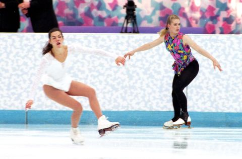 Figure skate, Skating, Figure skating, Ice skating, Ice dancing, Ice rink, Recreation, Sports, Jumping, Ice skate,