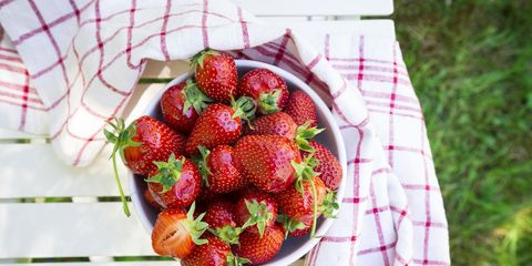 Strawberry, Strawberries, Food, Fruit, Plant, Berry, Produce, Dish, Ingredient, Cuisine,
