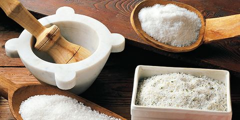 Brown, Ingredient, Food, White, Seasoning, Home accessories, Powder, Chemical compound, Tan, Flour,