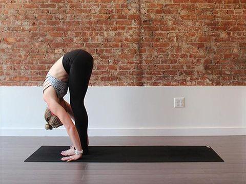 Human leg, Joint, Flooring, Physical fitness, Exercise, Elbow, Floor, Active pants, Knee, Waist,