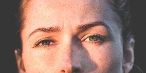 目 の 腫れ 治す 即効
