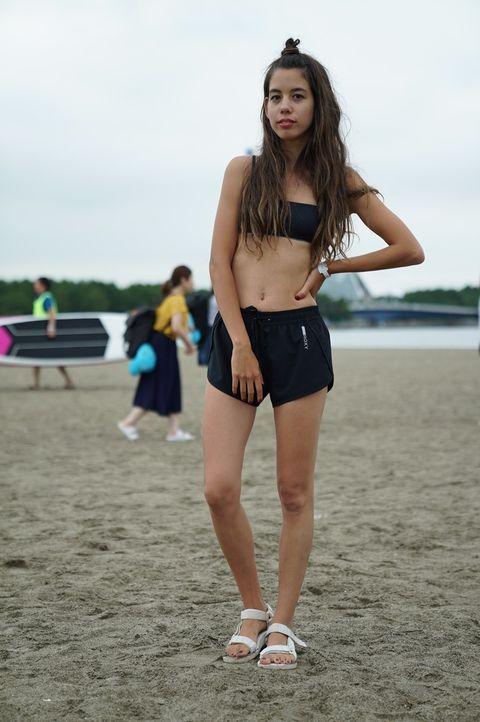 Photograph, Clothing, Leg, Thigh, Beauty, Fashion, Snapshot, Photo shoot, Human leg, Shorts,