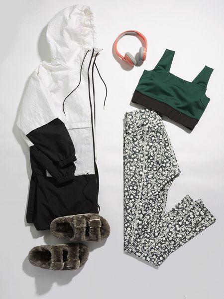 White, Product, Green, Illustration, Sleeve,