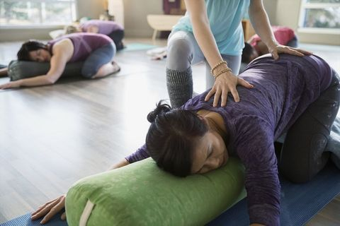 Physical fitness, Shoulder, Joint, Yoga, Pilates, Leg, Leisure, Exercise, Room, Comfort,