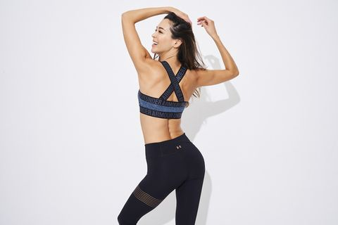 Clothing, Waist, Shoulder, Leg, Thigh, Brassiere, Undergarment, Leggings, Sportswear, Active pants,