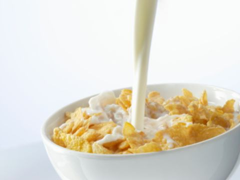 Food, Cuisine, Breakfast cereal, Corn flakes, Dish, Frosted flakes, Breakfast, Ingredient, Meal, Cereal,