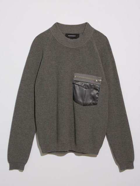 Clothing, Sleeve, Sweater, Outerwear, Long-sleeved t-shirt, Grey, T-shirt, Top, Sweatshirt, Pocket,