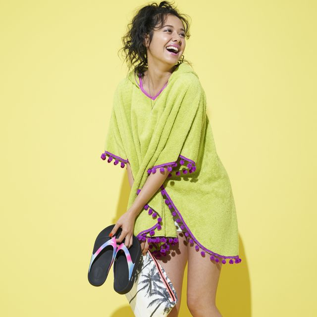 Yellow, Clothing, Green, Shoulder, Purple, Joint, Fashion, Photo shoot, Outerwear, Footwear,