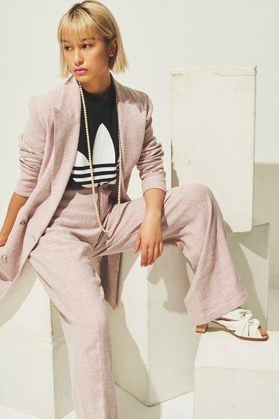 Clothing, Blazer, Outerwear, Fashion, Shoulder, Fashion design, Jacket, Suit, Leg, Pantsuit,