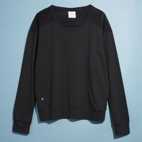Clothing, Black, Sleeve, Long-sleeved t-shirt, Outerwear, T-shirt, Top, Blouse, Sweater,
