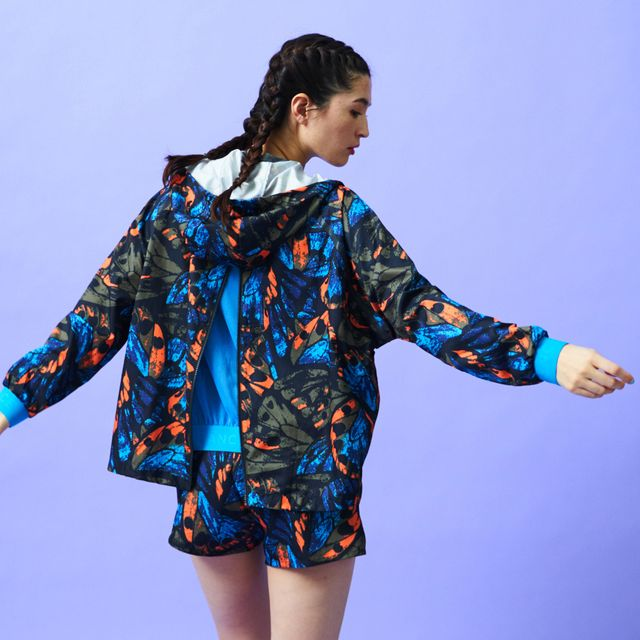 Clothing, Outerwear, Sleeve, Pattern, Pattern, Hood, Collar, Electric blue, Jacket, Fashion design,