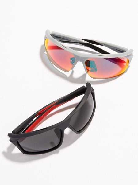Eyewear, Sunglasses, Glasses, Personal protective equipment, Goggles, Vision care, Eye glass accessory, Material property, Transparent material, aviator sunglass,