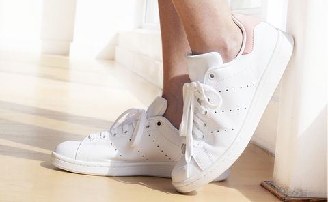 Footwear, White, Shoe, Leg, Sneakers, Plimsoll shoe, Athletic shoe, Wedge, Beige,