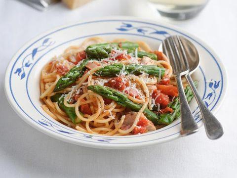 Food, Cuisine, Dish, Ingredient, Capellini, Spaghetti, Noodle, Italian food, Produce, Recipe,