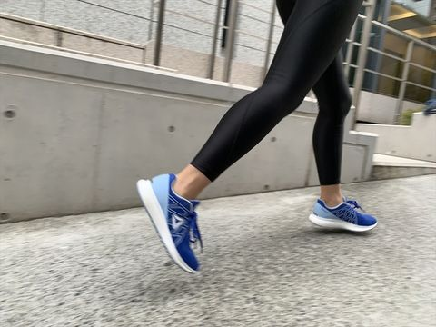 Footwear, Human leg, White, Blue, Leg, Sportswear, Shoe, Calf, Leggings, Ankle,