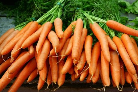 Carrot, Local food, Root vegetable, Vegetable, Food, Natural foods, Baby carrot, wild carrot, Produce, Plant,
