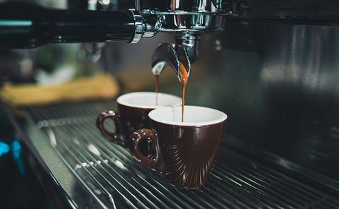 Small appliance, Drink, Espresso machine, Espresso, Coffee, Ristretto, Machine, Barista, Drinkware, Tableware,